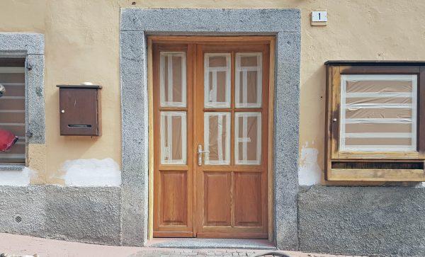 Risanamento antico portone in legno